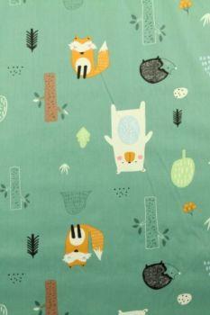 dieren in het bos vintage dark green katoenen print