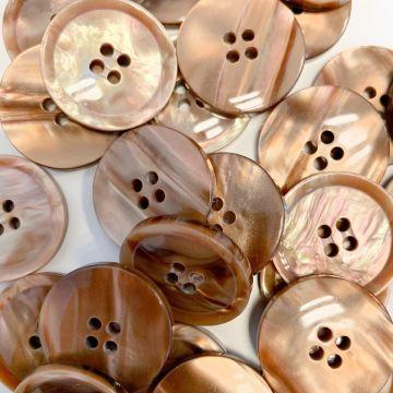 Knoop Parelmoer 15mm - Burnt Honey