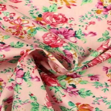zee van bloemen roze